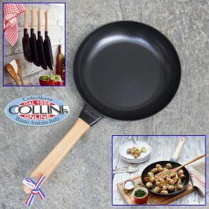 Staub - Cast Iron Fry Pan with Beechwood Handle - 26 cm