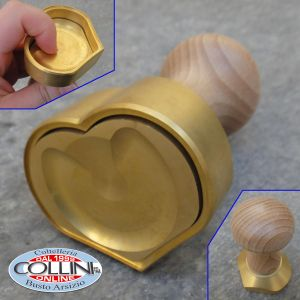 Made in Italy - Ravioli cutter CUORE / HEART in Brass and Natural Wood