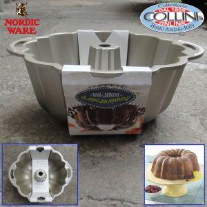 Nordic Ware -  Anniversary Bundt Pan