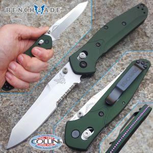 Benchmade - Osborne Reverse Tanto Knife Axis Lock 940S - knife