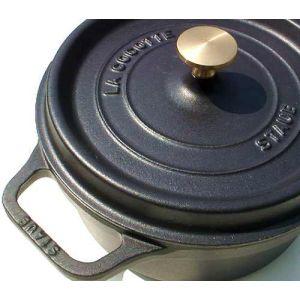 Staub - Cocotte in ghisa smaltata con coperchio cm. 20 colore nero