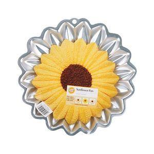 Wilton - Aluminum cake pan Sunflower