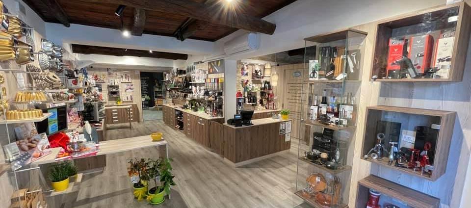 Inaugurazione nuovo store articoli per la cucina della Coltelleria Collini Busto Arsizio